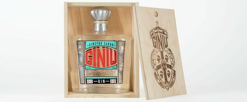 Image of   Giniu Sardegna Gin Fl 70cl