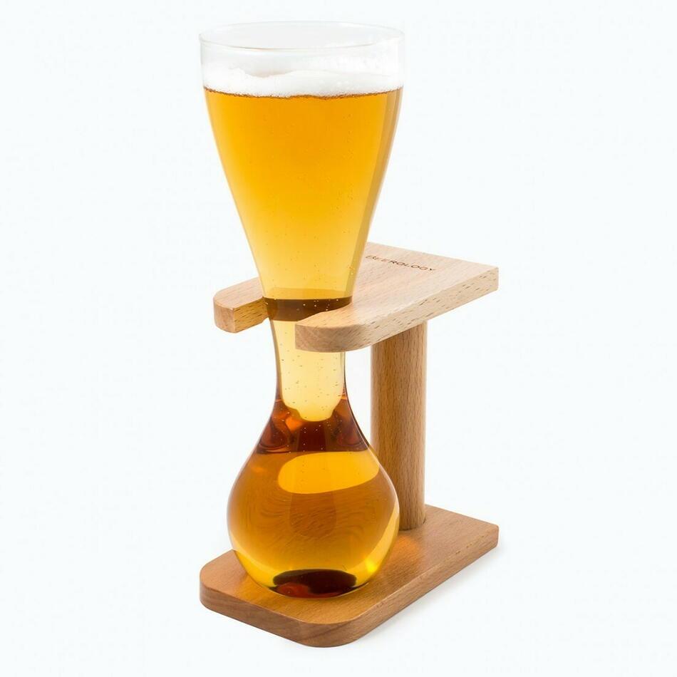 Image of   Beerology Quarter Yard Glas