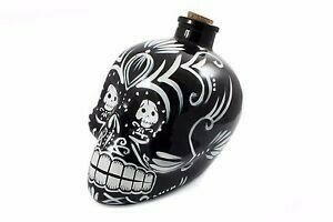 Image of   Decanter Day of the Dead Skull Sort