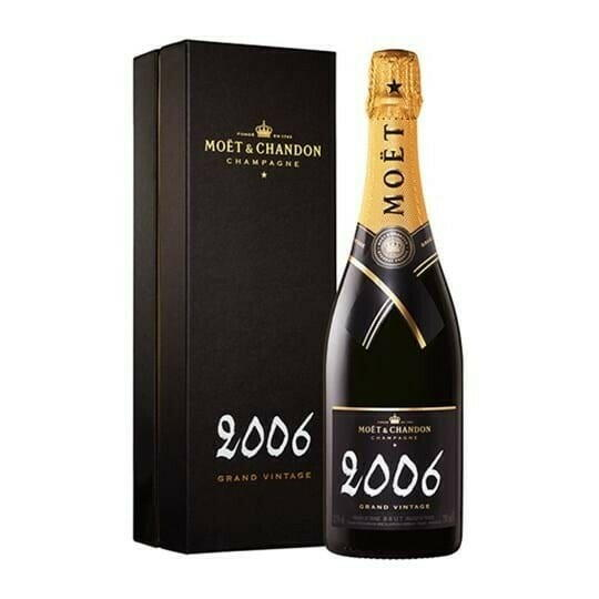 Image of   Moët & Chandon Champagne Vintage 2006 (Giftbox) Fl 75