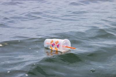 Gode alternativer til engangsglasset i plastik